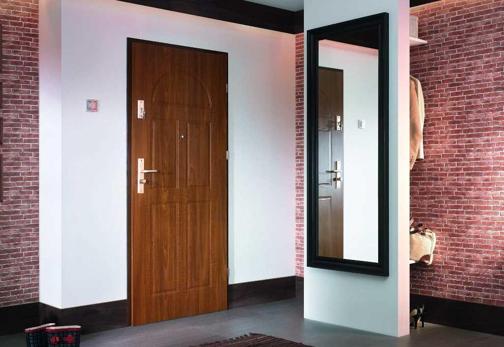 высота входной двери стандартная стандартные размеры